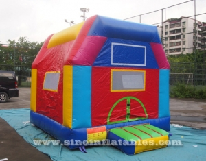 Indoor kids small bouncy castle