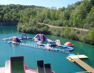 kids N adults giant inflatable water obstacle course