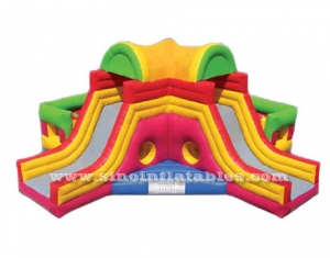 Mega bounce inflatable obstacle with dual lane slide