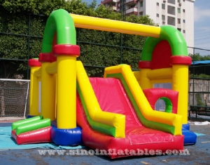 Commercial kids colorful inflatable castle