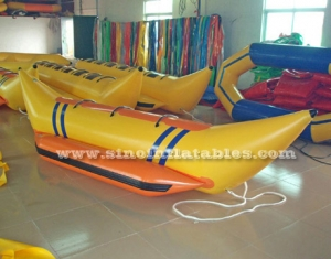 single row inflatable banana boat for 3 persons