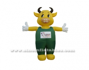 Advertising outdoor cute cow moving cartoon