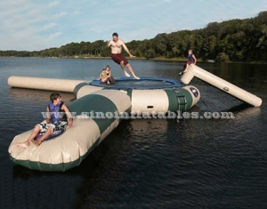 Custom made outdoor giant inflatable water trampoline with blob