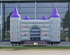 Custom made outdoor commercial inflatable jumping castle with blower