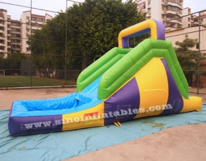 Small backyard kids inflatable water slide with pool