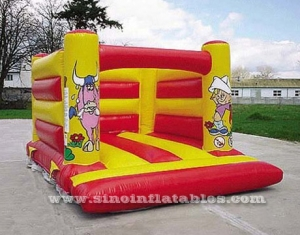 kids backyard farm theme inflatable jumping castle with blower