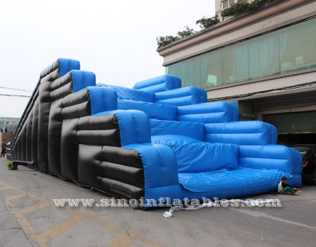 5k run inflatable obstacle course
