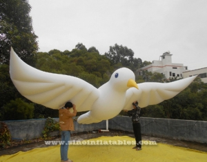 Custom size outdoor advertising inflatable helium pigeon