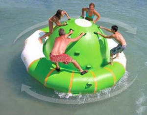 4 person inflatable water spinner
